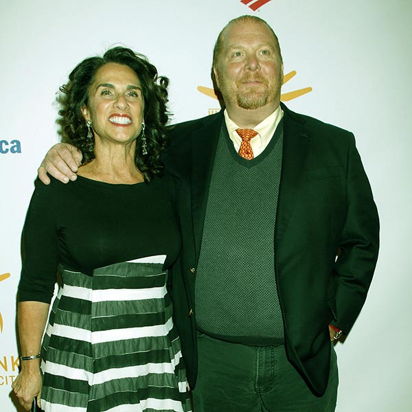 Image of Caption: Mario Batali with his wife Susi Cahn