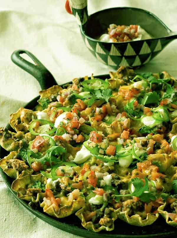 Image of Rocco Dispirito recipe Loaded Nachos with Turkey, Black Beans, and Salsa