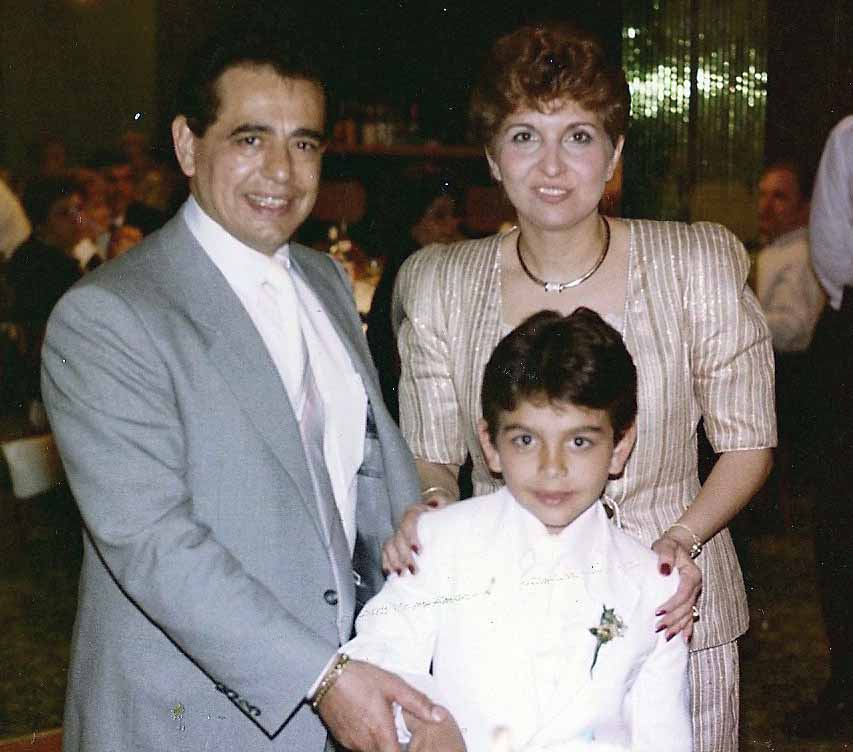 Photo of Young Buddy Valastro and his parents.
