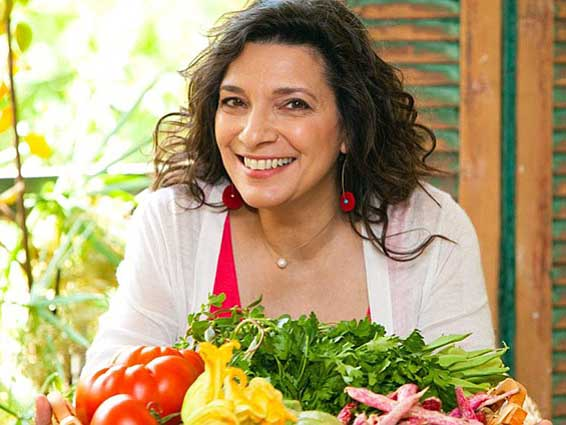 Image of celebrity chef, Diane Kochilas.