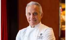 Photo of chef, Geoffrey Zakarian.