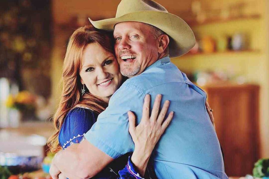 A renowned blogger, Ree Drummond and her husband, Ladd Drummond